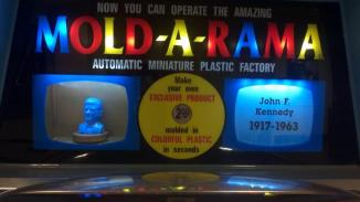 Mold-A-Rama of JFK's bust in honor of today's 50th anniversary (used with permission).